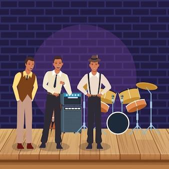 Banda de música de jazz en el escenario