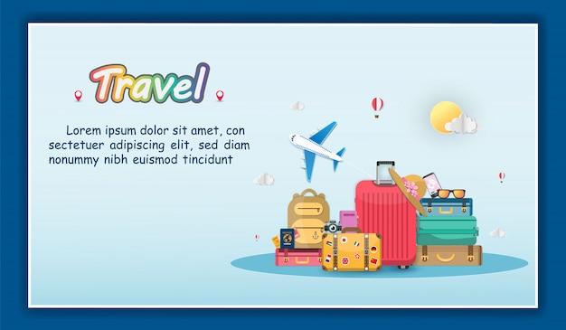 La bandera en el equipaje y los accesorios viajan por todo el mundo banner de verano concepto.