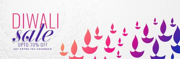 Bandera de venta de diwali con muchos diya de colores