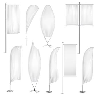 Banderas blancas en blanco banners conjunto realista