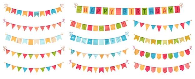 Banderines de fiesta. banderas triangulares de papel de color recogidas y envueltas en guirnaldas, empavesados de feliz cumpleaños