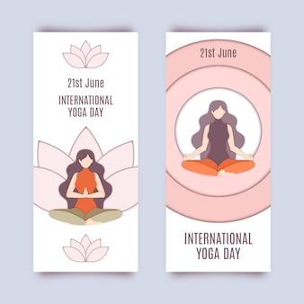 Banner del día internacional del yoga en papel