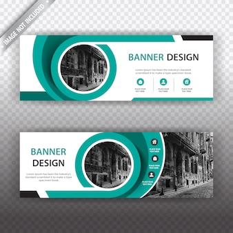Banner con diseño blanco y verde