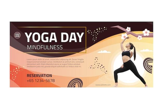 Banner de equilibrio corporal de yoga