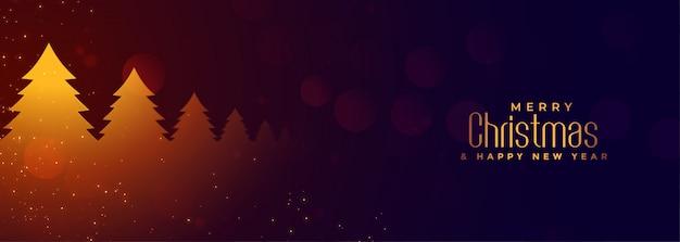 Banner horizontal de navidad con árbol brillante