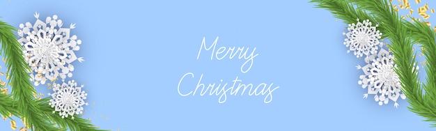 Banner de navidad con copos de nieve abeto o ramas de pino y confeti