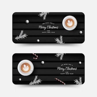 Banner de navidad, tarjeta de felicitación con elementos decorativos realistas
