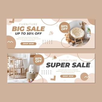 Banner de venta de muebles planos con foto. vector gratuito