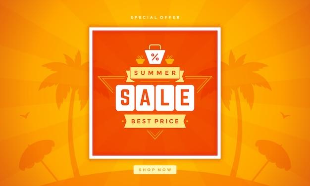 Banner de venta de verano compras en línea en la playa.