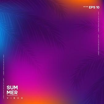 Banner de vibraciones de verano con fondo colorido degradado abstracto y hojas de palmera borrosas.