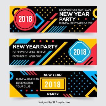 Banners abstractos de fiesta de año nuevo 2018 con estilo memphis