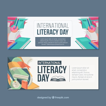 Banners del día de la alfabetización con libros de colores
