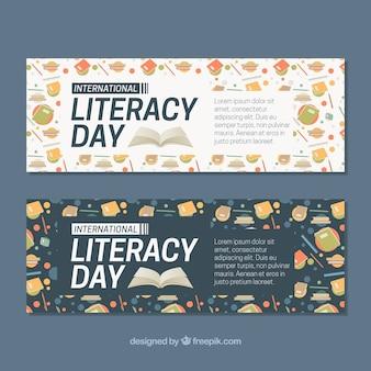 Banners del día de la alfabetización con libros y otros elementos