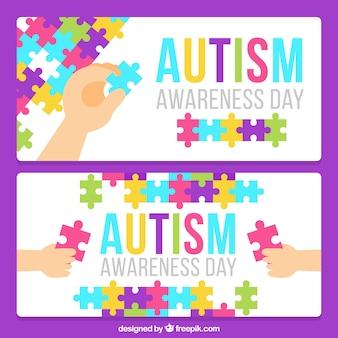 Banners del día del autismo con niños haciendo un puzzle