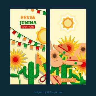 Banners de festa junina con cactus y otros elementos