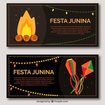 Banners de festa junina con cometas y hoguera