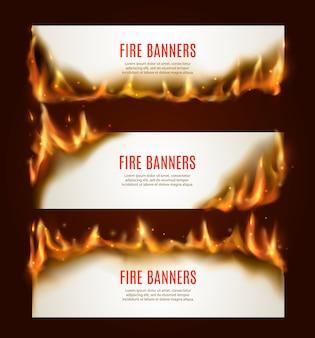 Banners horizontales de papel quemado, páginas en blanco con fuego y chispas. plantilla de tarjetas conflagrantes blancas para publicidad, marcos llameantes realistas, juego de hojas de papel ardiendo sin llama