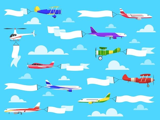Banners con planos. aviones volando con banner en el cielo, helicóptero con mensaje publicitario en cintas. conjunto