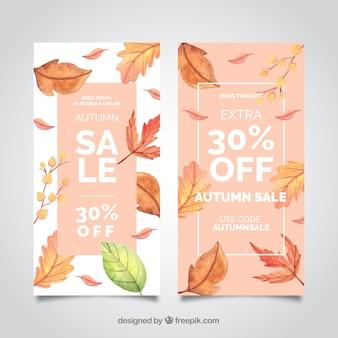 Banners de rebajas de otoño con hojas realistas