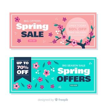 Banners de rebajas de primavera dibujados a mano