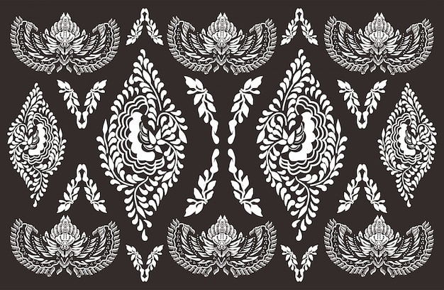 Batik motif indonesio, diseños especiales que están estampados.