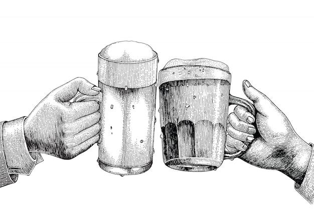 Bebida de cerveza, mano sosteniendo la jarra de cerveza