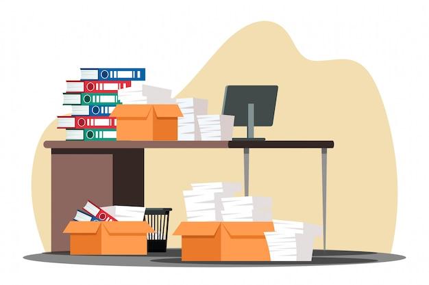 Bloqueo de papeleo estresante en la mesa de oficina