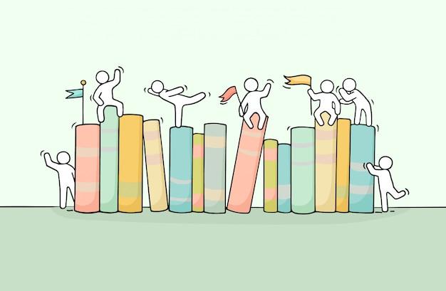 Boceto de trabajar libros de personas pequeñas.