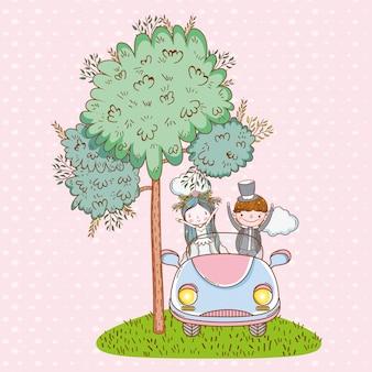 Boda de mujer y hombre en el coche con nubes.