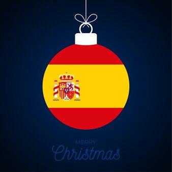 Bola de navidad año nuevo con la bandera de españa. ilustración de vector de tarjeta de felicitación. feliz navidad bola con bandera aislado sobre fondo blanco.