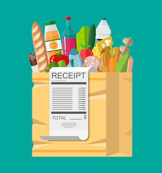 Bolsa de compras llena de comestibles y recibo