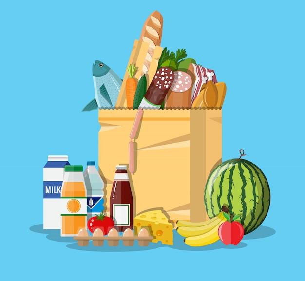Bolsa de papel llena de productos comestibles