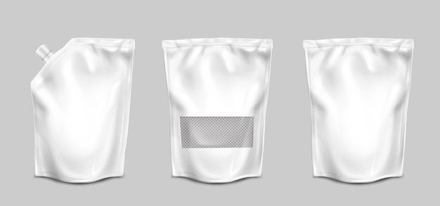 Bolsas de aluminio con boquilla y vista frontal de superficie transparente