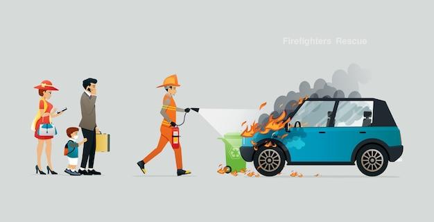 Los bomberos de rescate están ayudando a un automóvil familiar en el incendio