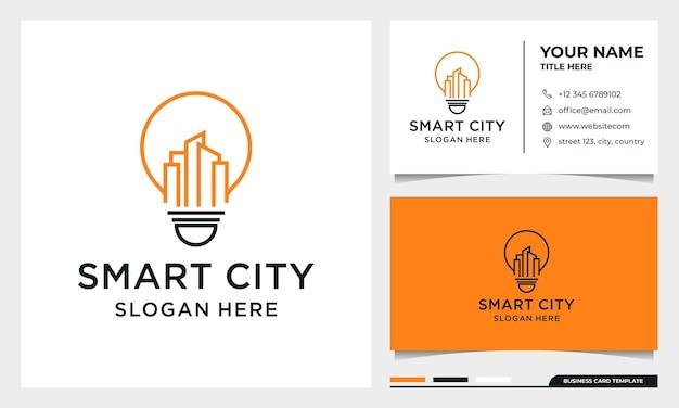 Bombilla con diseño de logotipo de edificio de arte lineal, smart city, bienes raíces, arquitectura con plantilla de tarjeta de visita