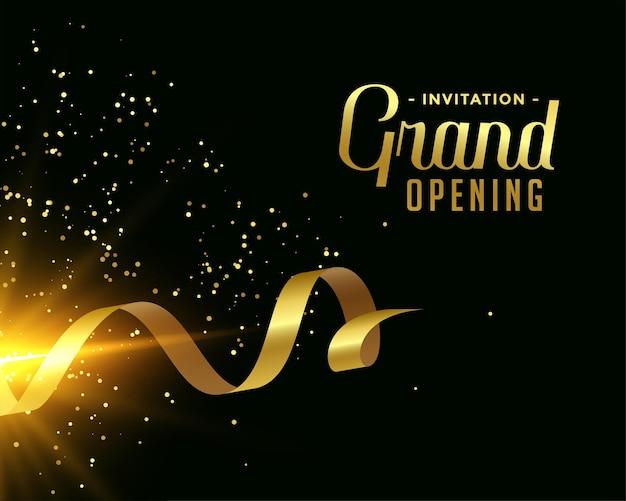 Bonito diseño de tarjeta de gran inauguración en tema dorado.