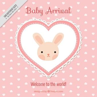 Bonito fondo rosa de corazones con un conejito adorable
