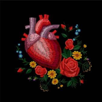 Bordado crewel humano anatómico corazón medicina órgano