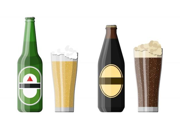 Botella de cerveza negra y cerveza ligera con vaso
