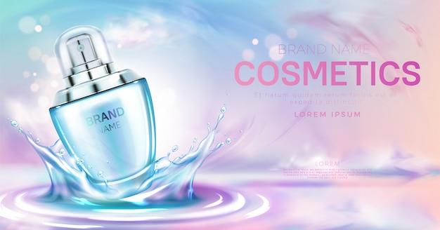 Botella cosmética de perfume en salpicaduras de banner de superficie de agua