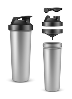 Botella de plata vacía realista de la proteína, mezclador o agitador