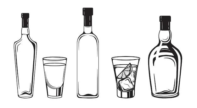 Botellas de bebidas de bosquejo de alcohol grabado estilo vintage en blanco y negro