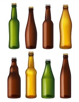 Botellas de cerveza en blanco. contenedores de vidrio coloreado, recipientes para embarcaciones marrones y ligeras y cerveza verde. botellas de ilustraciones realistas