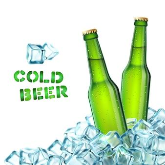 Botellas de cerveza y hielo