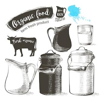 Botellas y frascos con productos lácteos frescos pueden recipientes para leche aislados sobre fondo blanco
