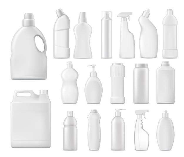 Botellas de productos químicos domésticos, envases de detergente en blanco