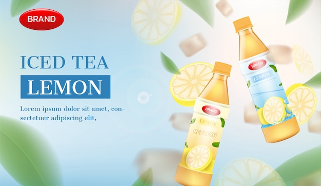Botellas de té helado con limón y hielo. anuncio de té helado de vector