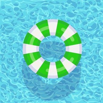 Boya de vida flotando en la piscina