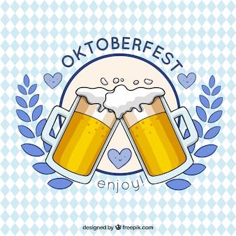 Brindis con cerveza en el oktoberfest