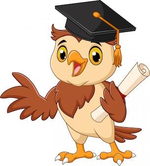 Búho de dibujos animados con gorro de graduación con diploma